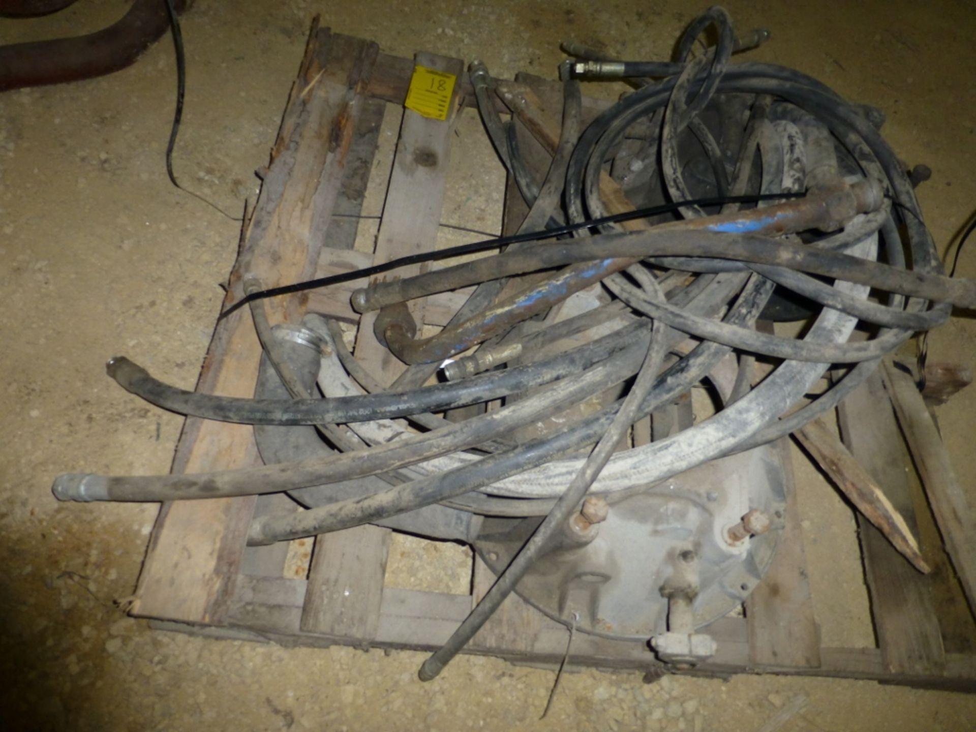 Pallet w/wheel hubs, hyd hose - Image 2 of 2