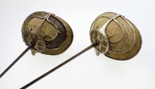 "Paar studentische ""Paukschläger"" - 2. Hälfte 19. Jahrhundert Rautenförmiger Klingenquerschnitt,"