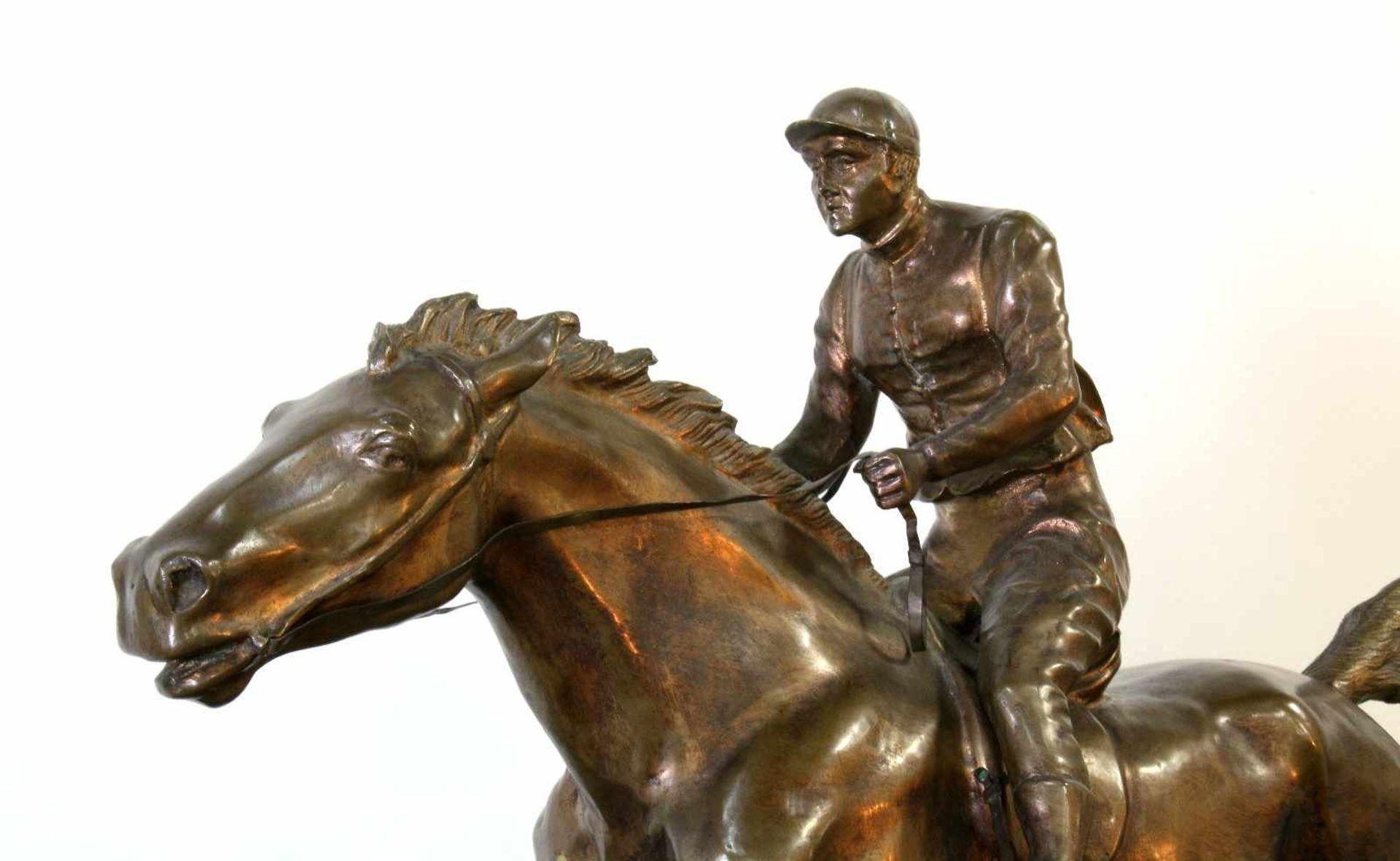 """Bronzeskulptur """"Jockey im Hürdenrennen"""" nach Isidor Jules Bonheur (1827-1901) Die Skulptur aus - Bild 3 aus 5"""