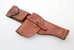 Argentinien - Pistolentasche zur Ballester Molina ca 1940 Starkes, braunes Rindsleder.