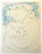 """""""Mutter mit Kind"""" - Pablo Picasso (1881-1973) Farblithografie auf Büttenpapier, stillende Mutter,"""