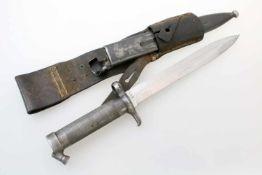 Schweden - Bajonett M 96 Komplett mit Scheidenarretierung, Koppelschuh, Abnahme- und Hoheitsstempel,