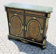 Boullé Anrichte im Stil um 1780 2 Türen und 2 Schubladen, großflächige Messingintarsien (