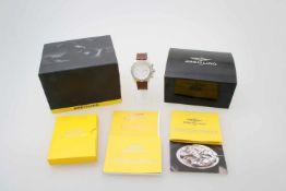 Armbanduhr Breitling Super Avenger Chronograph Automatikwerk, Edelstahlgehäuse, Ø 54 mm inkl. Krone,