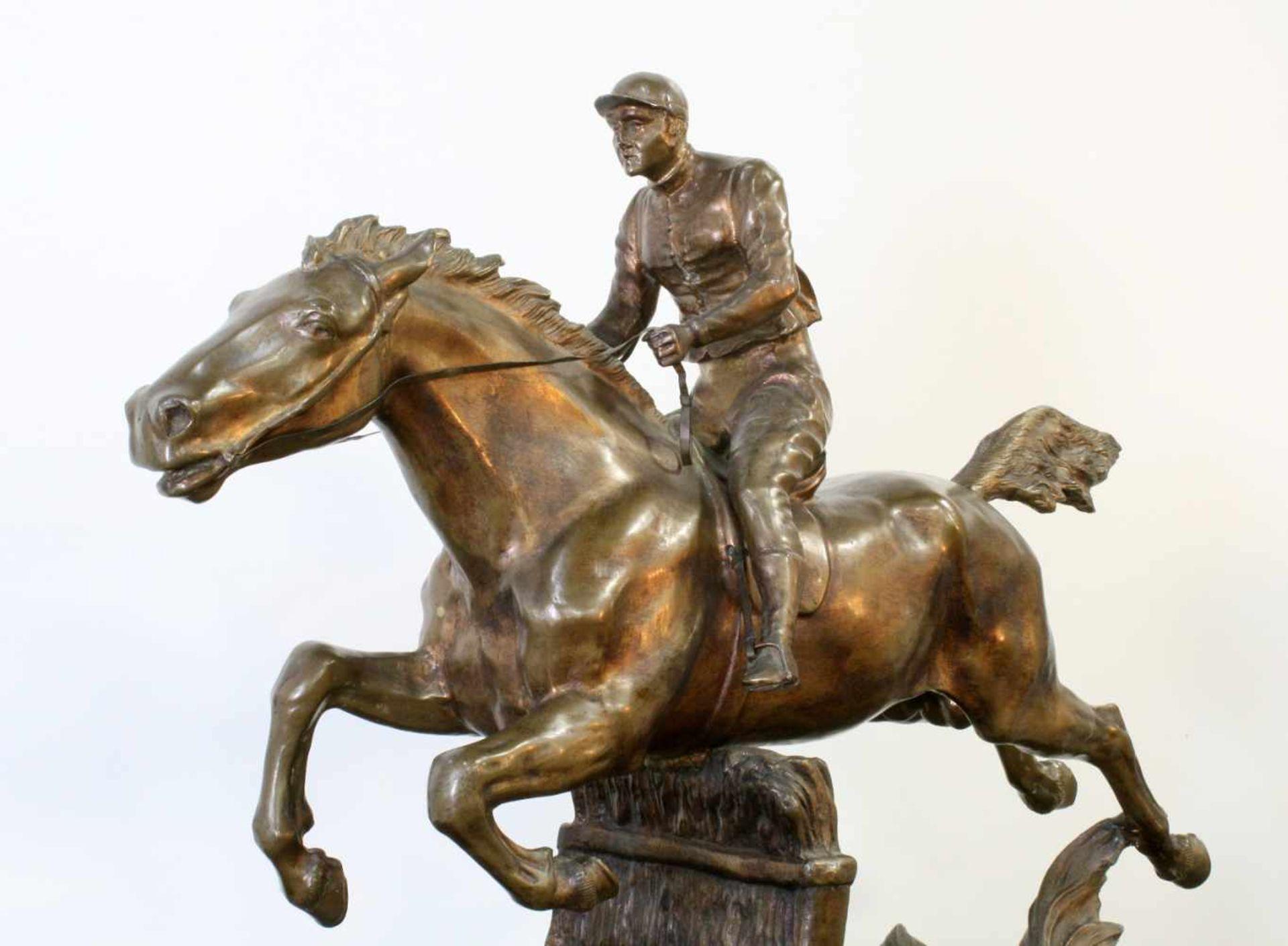 """Bronzeskulptur """"Jockey im Hürdenrennen"""" nach Isidor Jules Bonheur (1827-1901) Die Skulptur aus - Bild 2 aus 5"""
