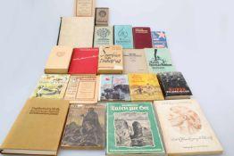 Konvolut Bücher Des Edlen ewiges Reich, W. Willrich 1943; Feuer und Farbe - 155 Bilder vom Kriege