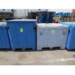 Lotto 68 - Lot 2-Assorted Insulated Plastic Shipping Containers
