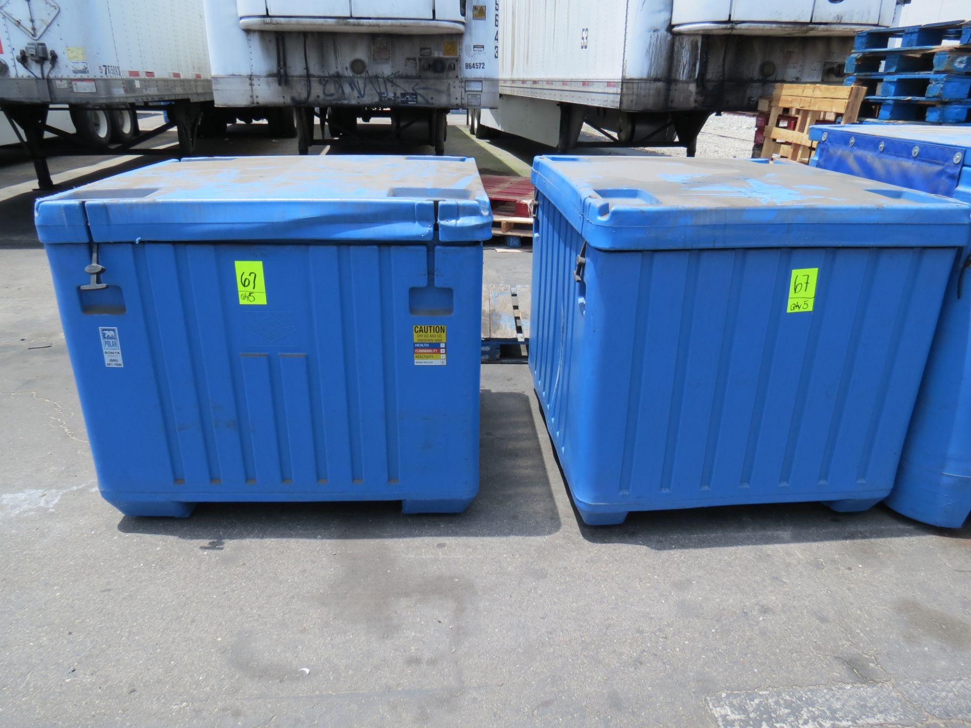 Lotto 67 - Bonar Polar Insulated Plastic Shipping Containers Blue