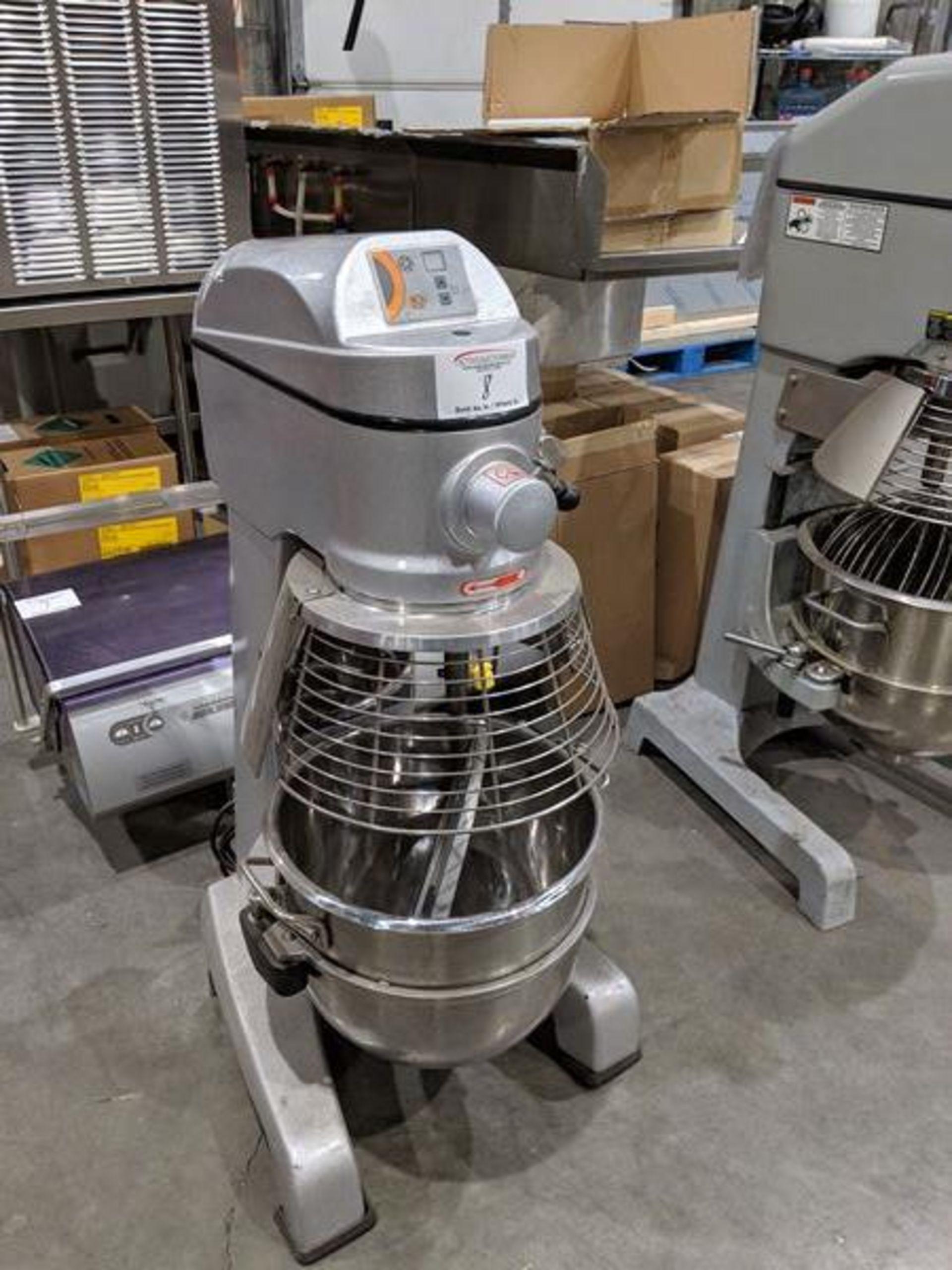 Lot 8 - Axis 30 Quart Mixer with Bowl Guard