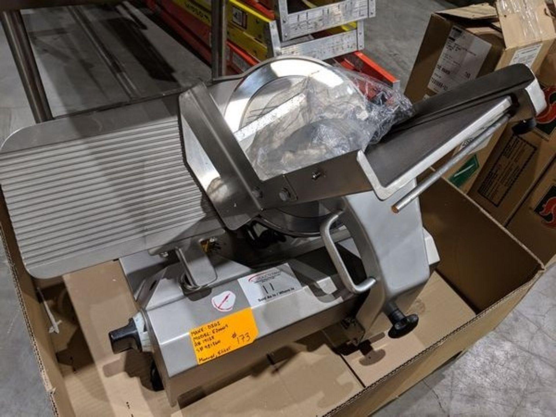 Lot 11 - Scharfen E2000S Slicer