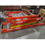 Lot 13 - 4 Featherlite Step Ladders