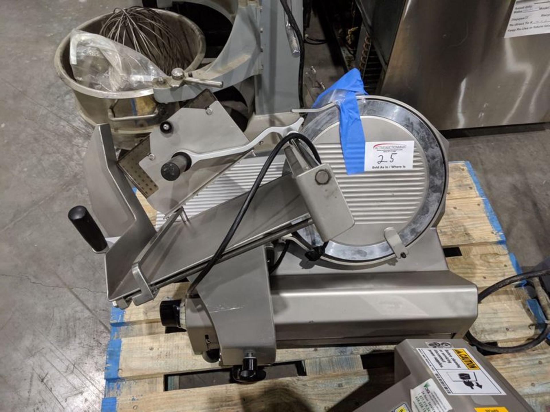 Lot 25 - Sharfen G330A Electric Slicer (needs repair)