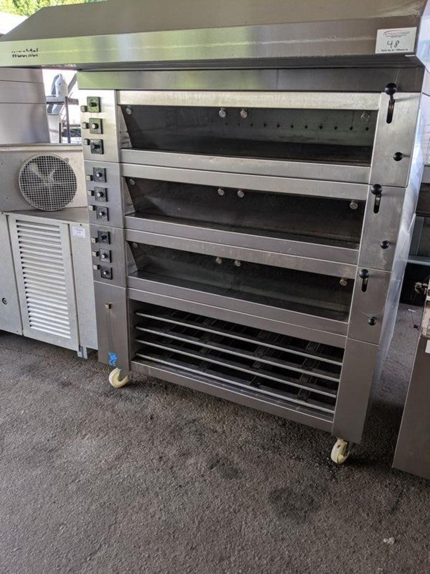 Lot 48 - Wachtel Piccolo 3 Deck Electric Bake Oven with Steam