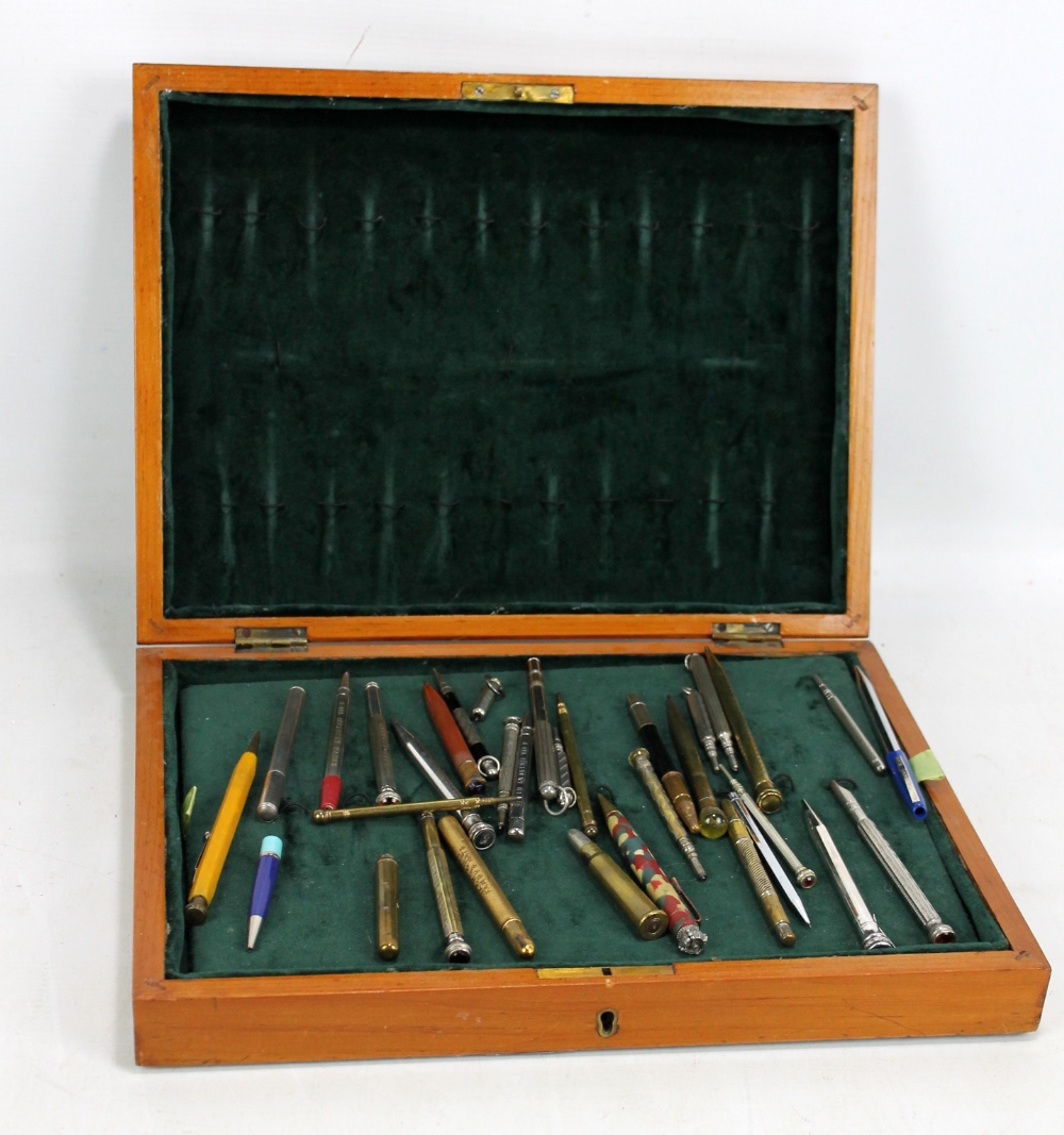 Lot 26 - A collection of propelling pencils including British General Insurance examples, novelty pencil