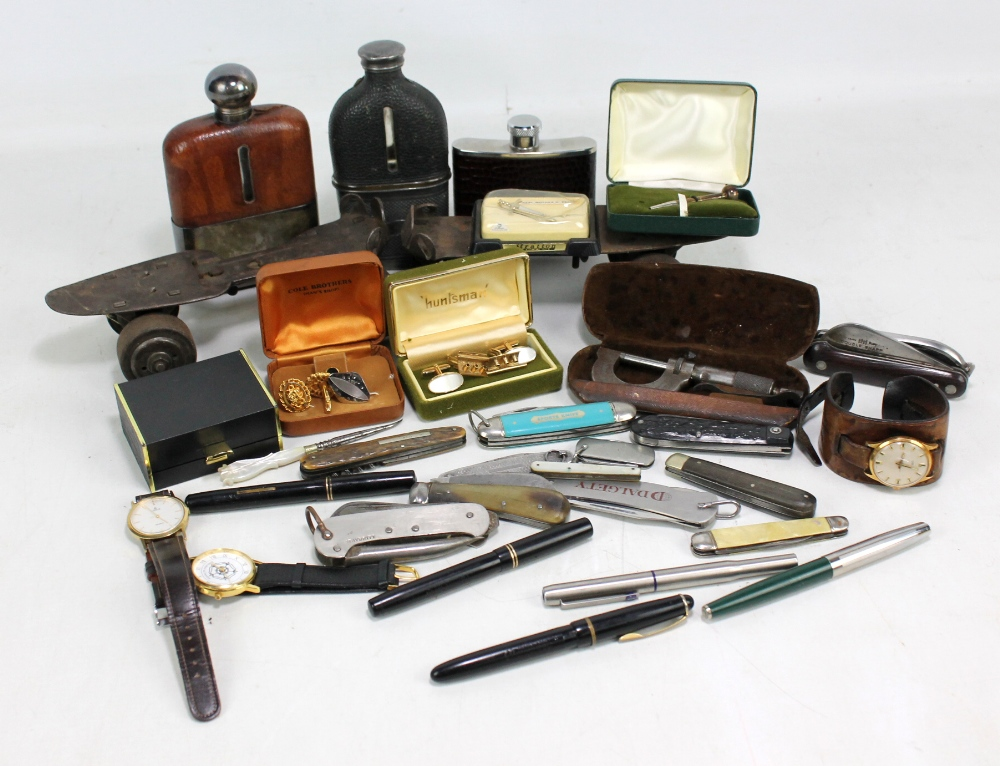 Lot 20 - A mixed lot of collectors' items including various pen knives, five fountain pens to include Swan