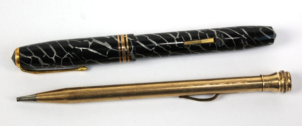 Lot 22 - A Conway Stewart '58' fountain pen with 14ct gold nib (filler lever af), boxed, and an Eversharp