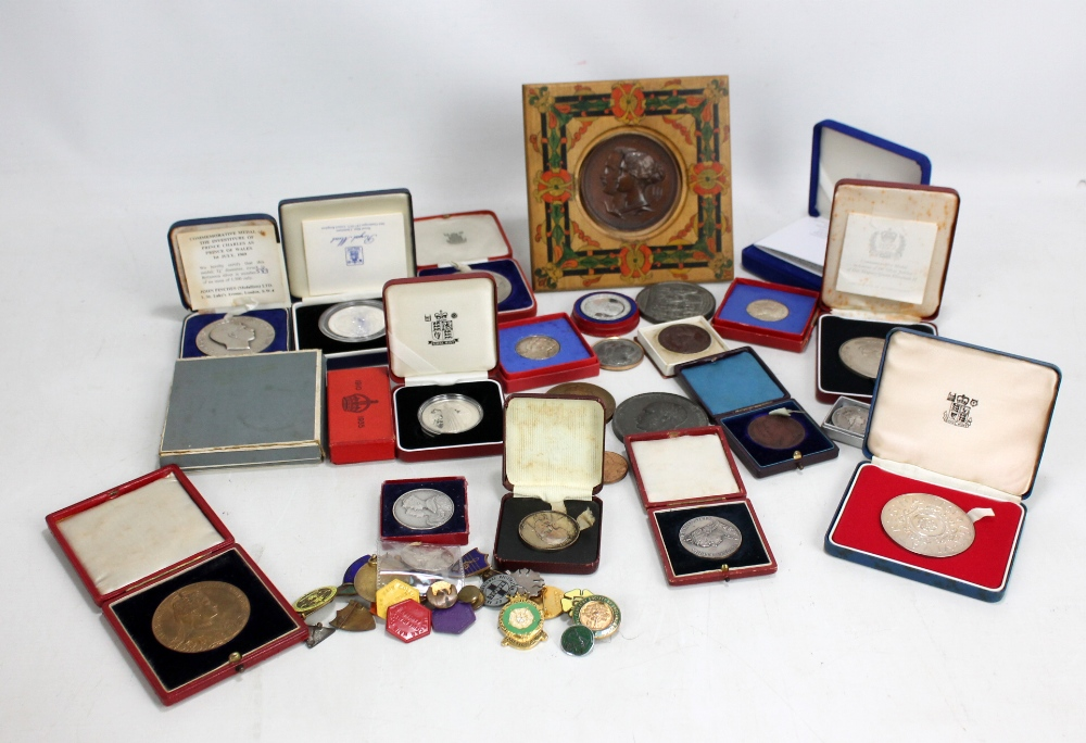 Lot 11 - A large collection of commemorative medallions with some relating to the Royal Family, also a