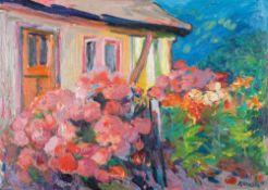 Kurt Klamann (1907 - Zingst - 1984)Fischerkaten mit Sommerblumen.Öl auf Hartfaser. 1968. 500 x 700