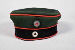 Mütze troupe allemande Mle 1895 du Garde Schützen Bataillon. Bandeau de coiffe présent mais abîmé.