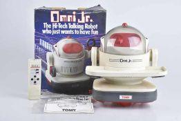 TOMY Omni Jr. Robot, 70er Jahre, Made in Japan, Kunststoff, weiß/ rot, H 28 cm, BA, mit