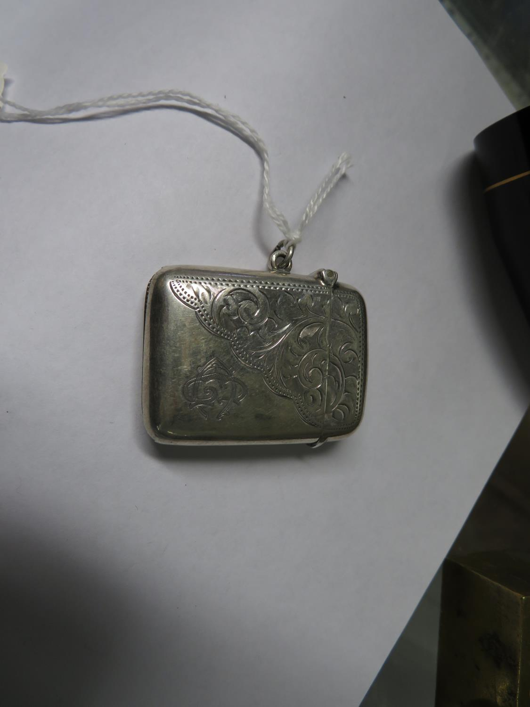 Lot 58 - Silver vesta