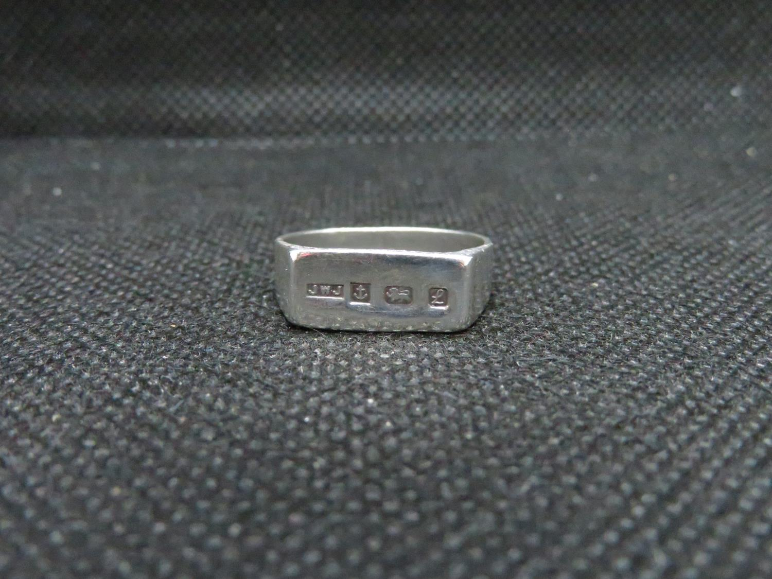 Lot 9 - HM flat top silver ring Birmingham 1985 maker JWJ Sterling