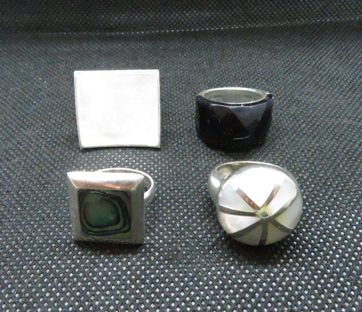 Lot 11 - Job lot of 4x silver dress rings weight 32grams
