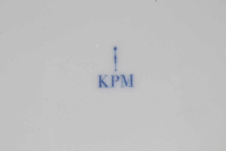 Lot 30 - KPM Berlin Kurland 12 Kuchenteller D 22 cm,Königliche Porzellanmanufaktur Berlin, blaue