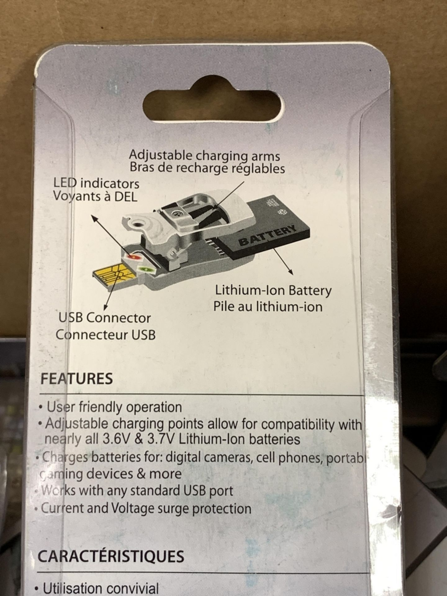 Lot 35 - LOT OF 55 UNIVERSAL CLIP USB BATTERY CHARGERS BY FIDELITY ELECTRICS, ADJUSTABLE CHARGING POINTS