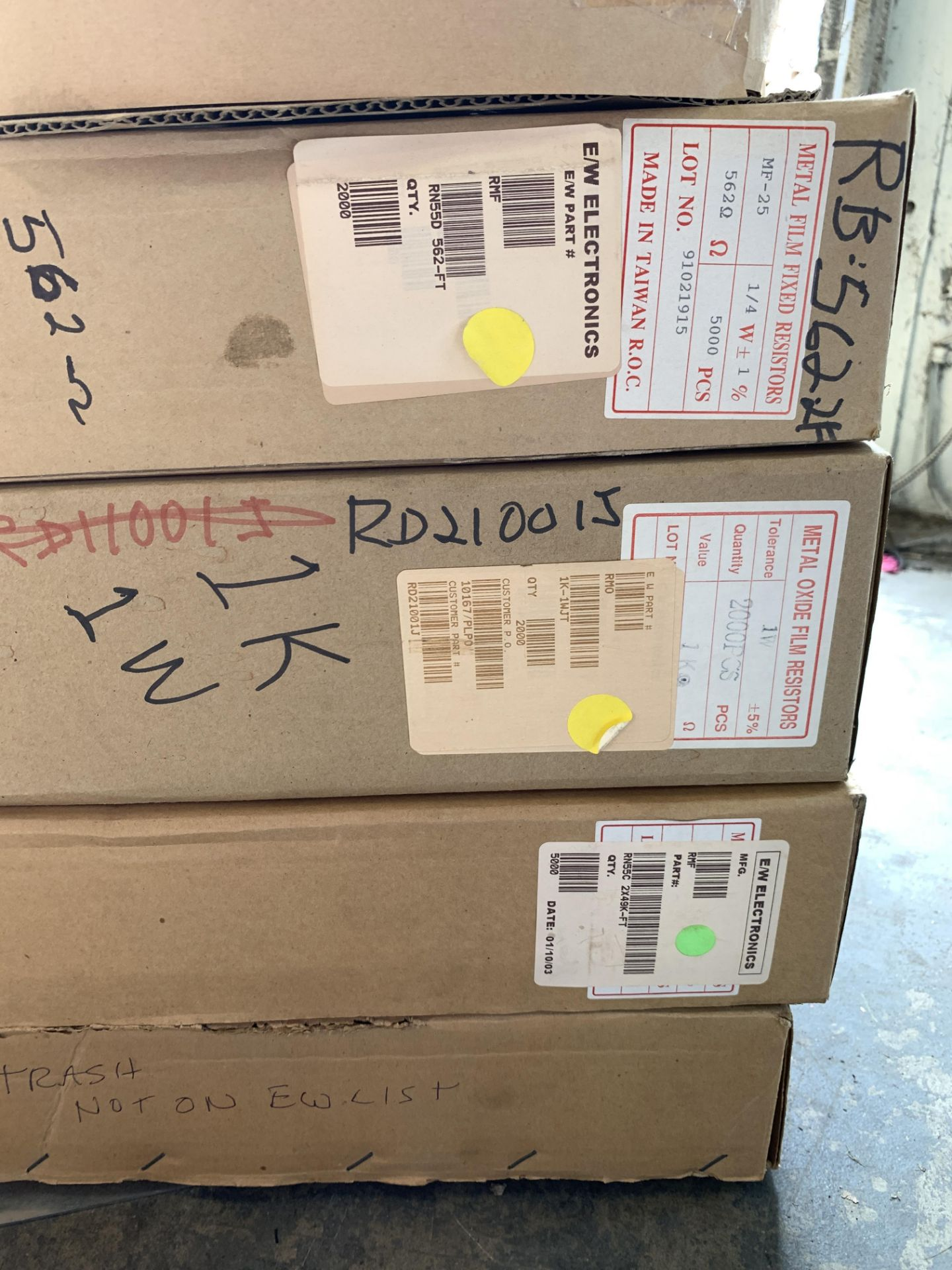 Lot 208 - 10 Large Rolls of Components and Semi Conductors for Boards - Including: Taitron TF604L-T6-T