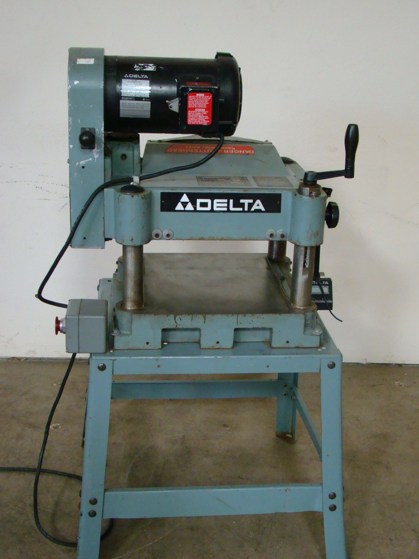 "Lot 43 - Delta 13"" Wood Planer Model 22-660 2HP 220 Volt 1PH"