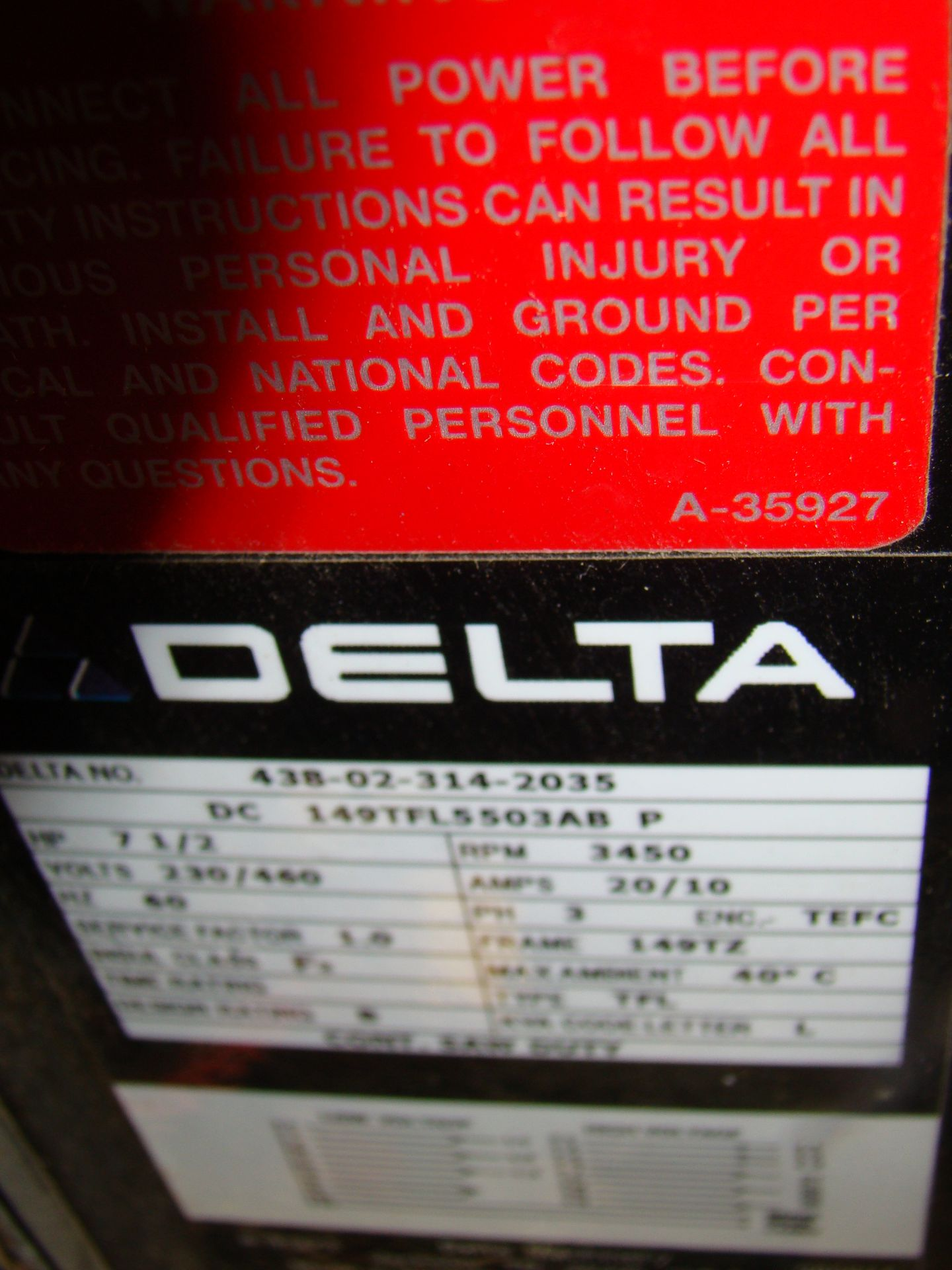 "Lot 6 - Delta 33-421 18"" Radial Arm Saw 7.5 HP 230/460 Volt 3PH"