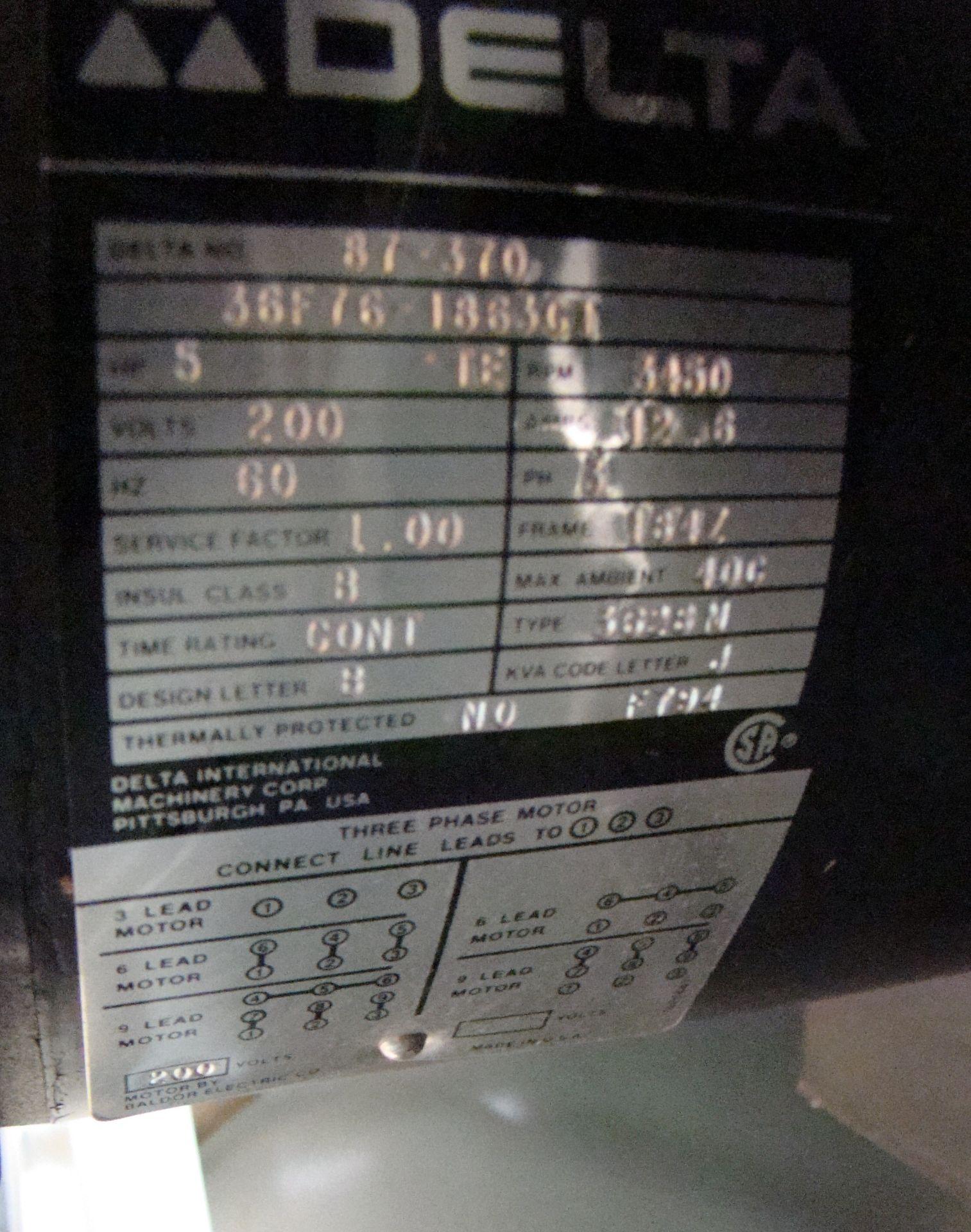 "Lot 49 - Delta Unisaw 10"" Tilting Arbor Table Saw 25"" Jet Lock Rails & Fence 5HP 220 Volt 3PH"