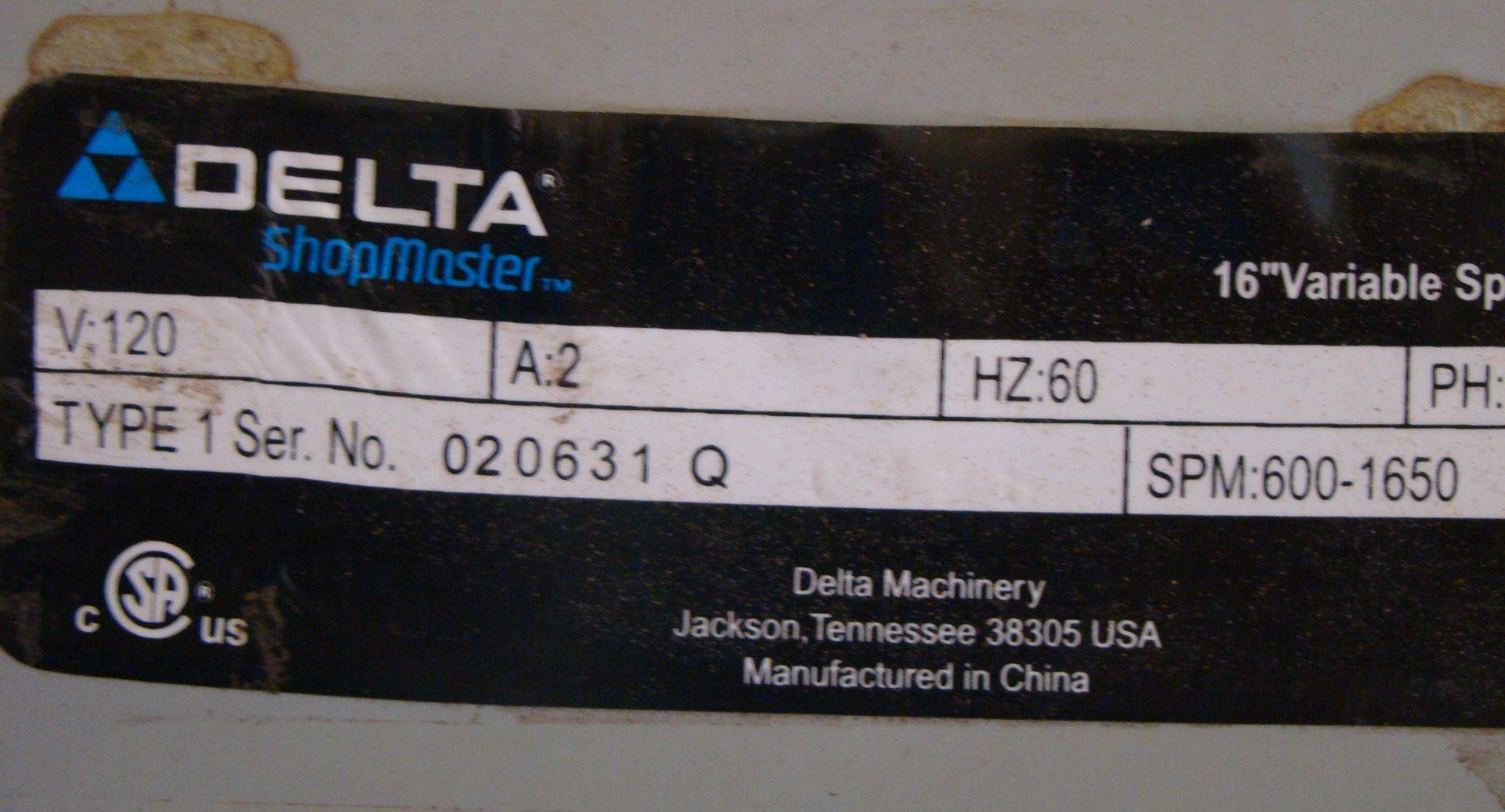 "Lot 45 - Delta 16"" Variable Speed Scroll Saw Model SS350 120 Volt 1PH"