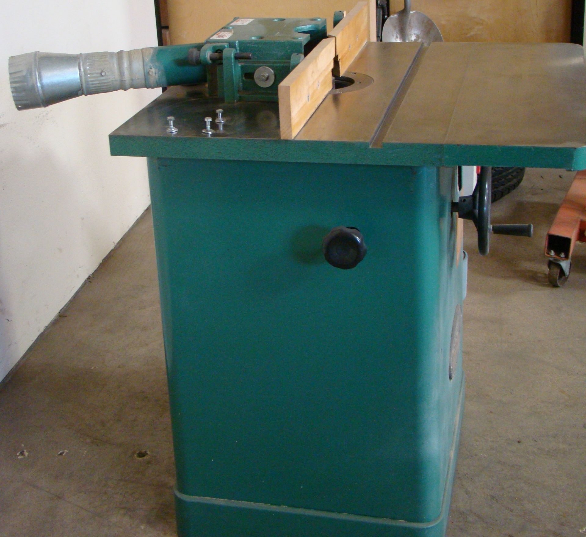 """Lot 9 - Grizzly Wood Shaper 3/4"""" Spindle 3HP 230 Volt 1 PH"""