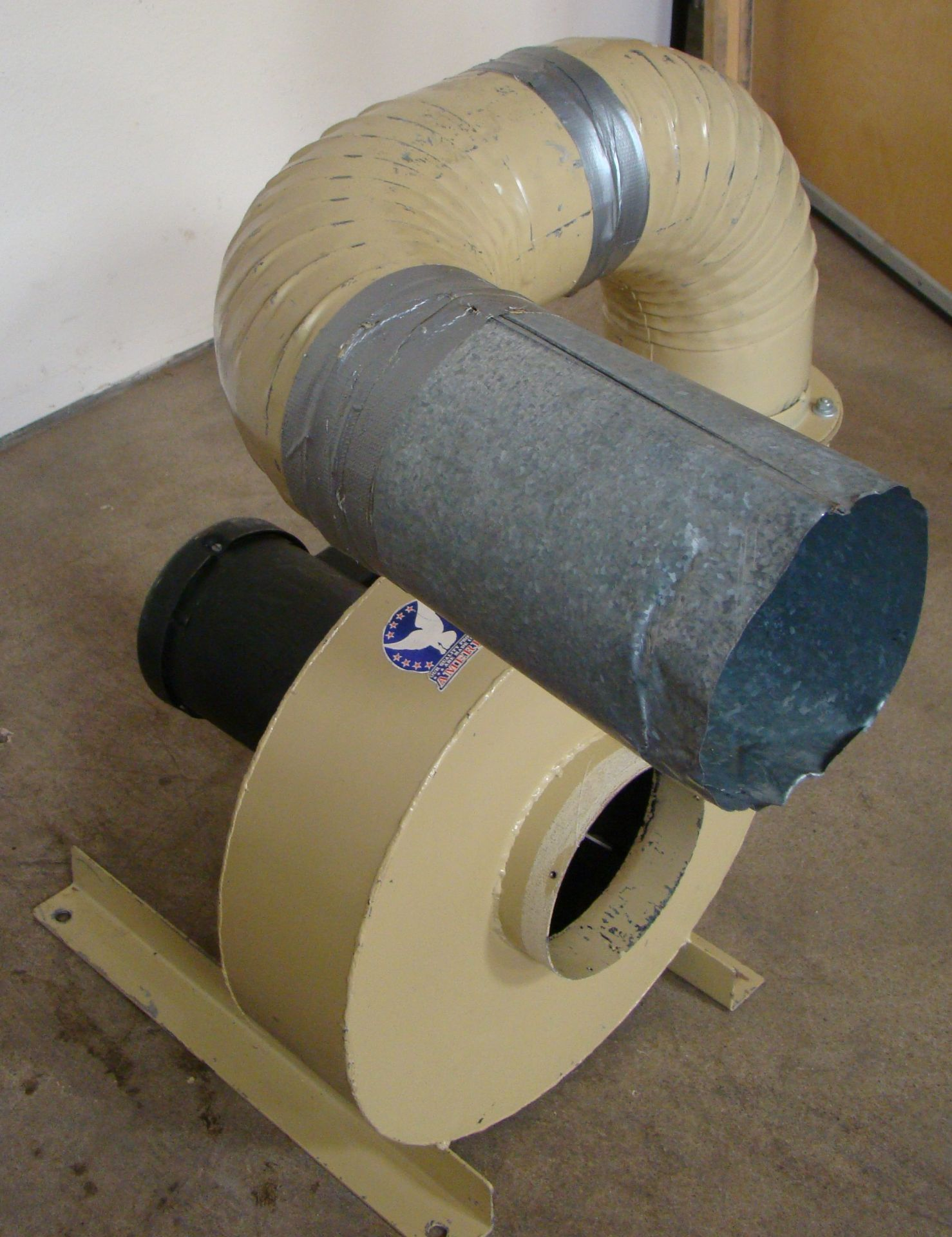 Lot 14 - Murphy-Rodgers Inc Single Dust Collector Model#MRT/7A 3 HP 208-230/460 Volt 3PH