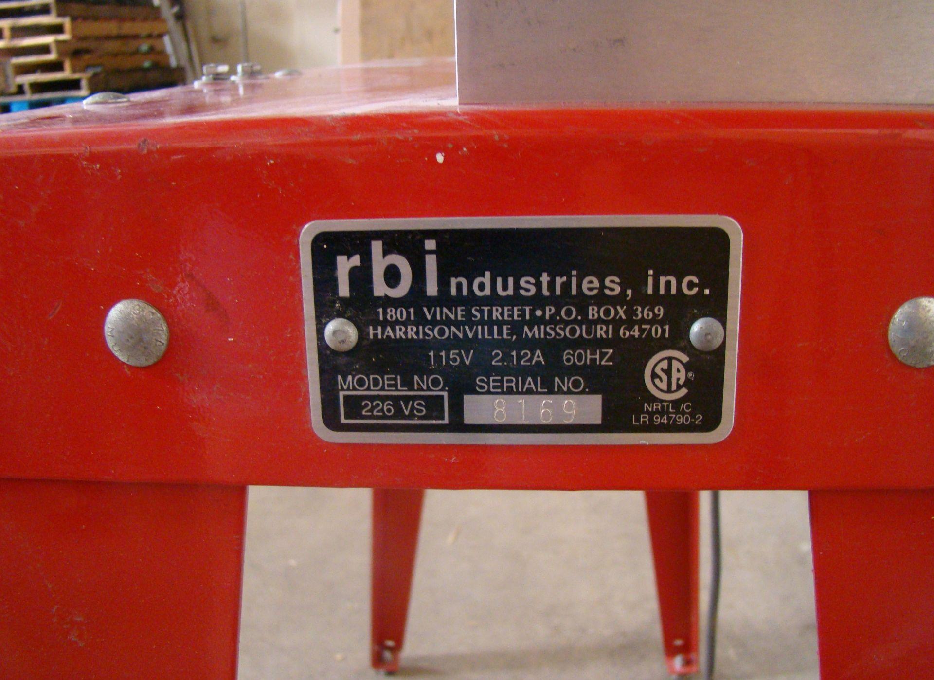 Lot 51 - RBI Hawk Precision Scroll Saw Model 226VS 115 Volt