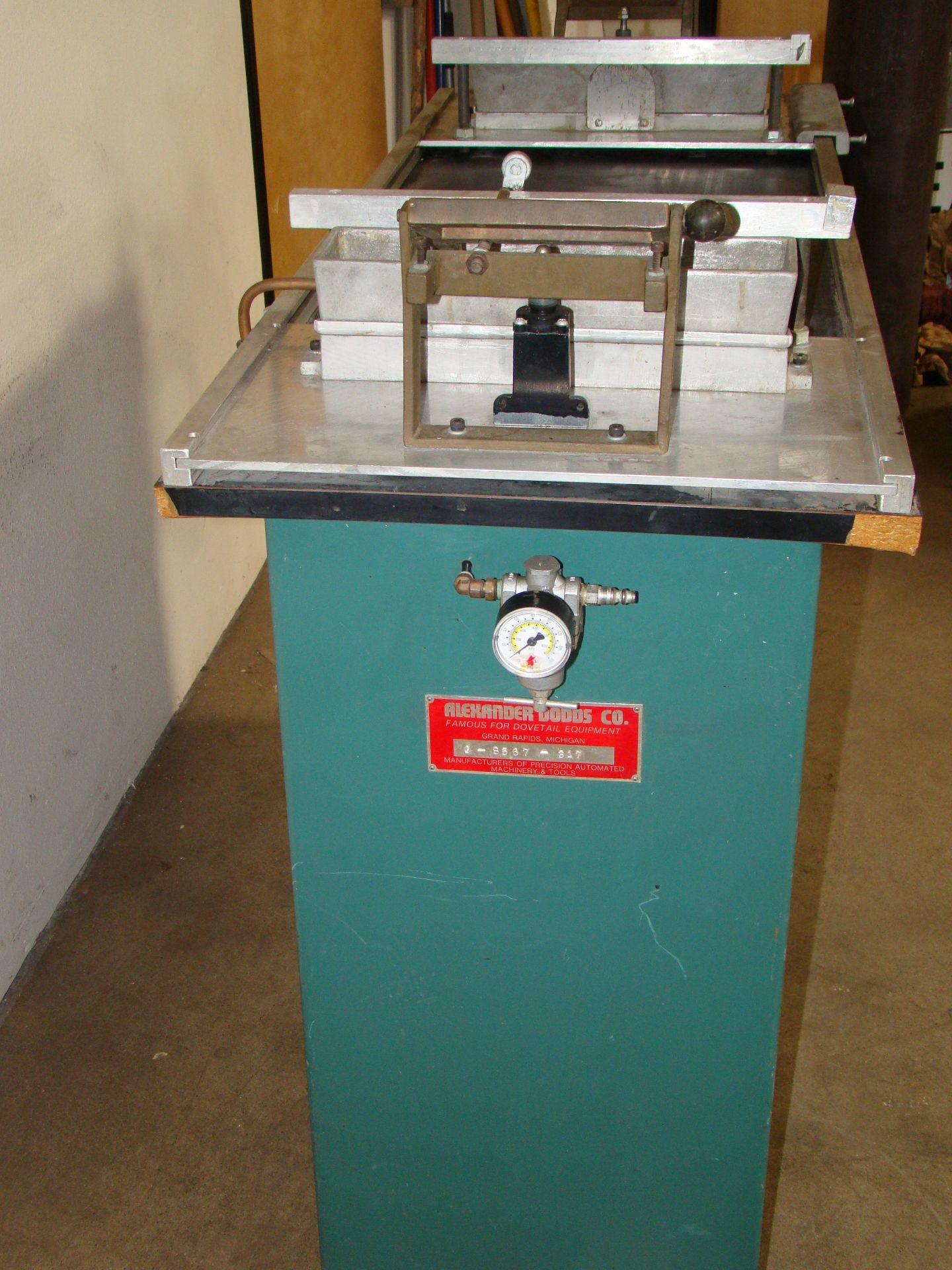 Lot 33 - Dodds Dovetail Gluer Model #G-8567-317