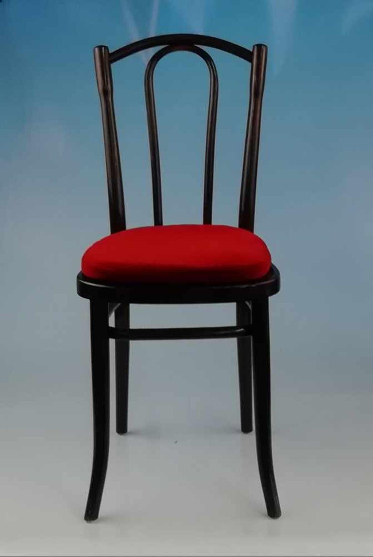 Los 25 - 4 Thonet-Sessel Nr.56, um 1900Buchenbugholz, dunkelbraun mattiert, Sitzprägung, sehr schöner