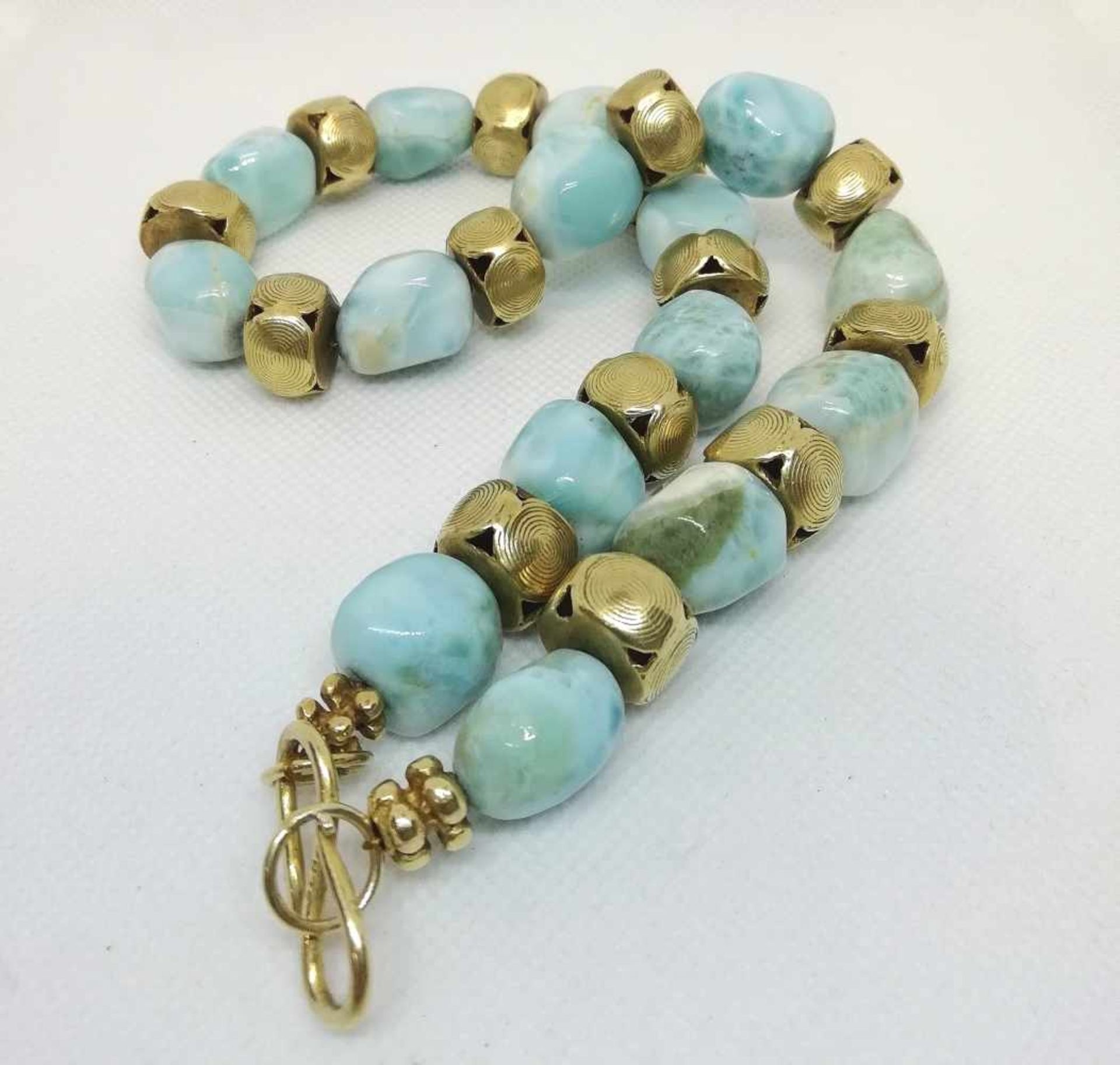 Modeschmuck HalsketteLarimar, goldfarbene Zwischenteile, 149,3g, ca.42cm;