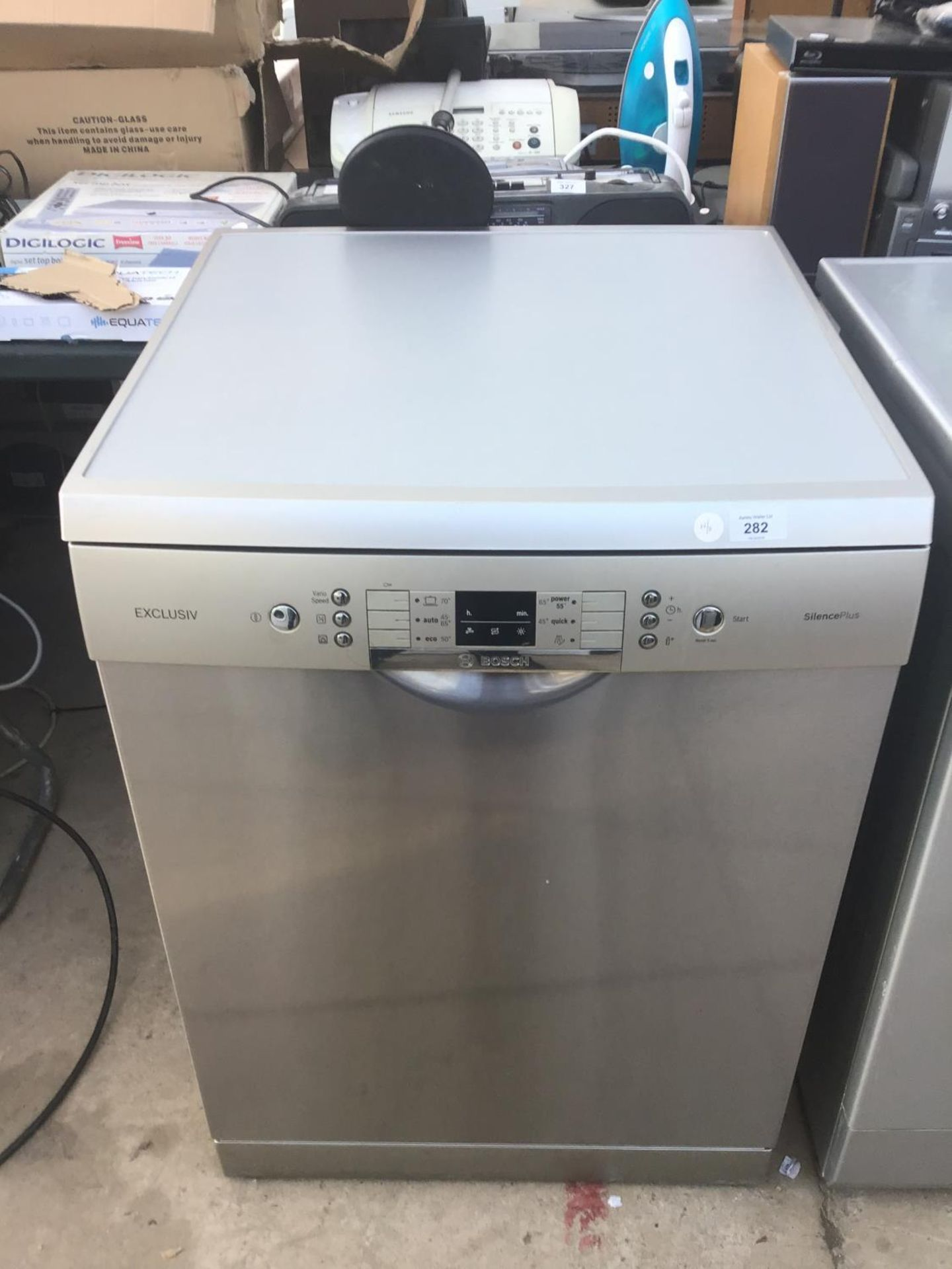 Lot 282 - A SILVER EXCLUSIV SILENCE PLUS DISHWASHER IN CLEAN AND WORKING ORDER