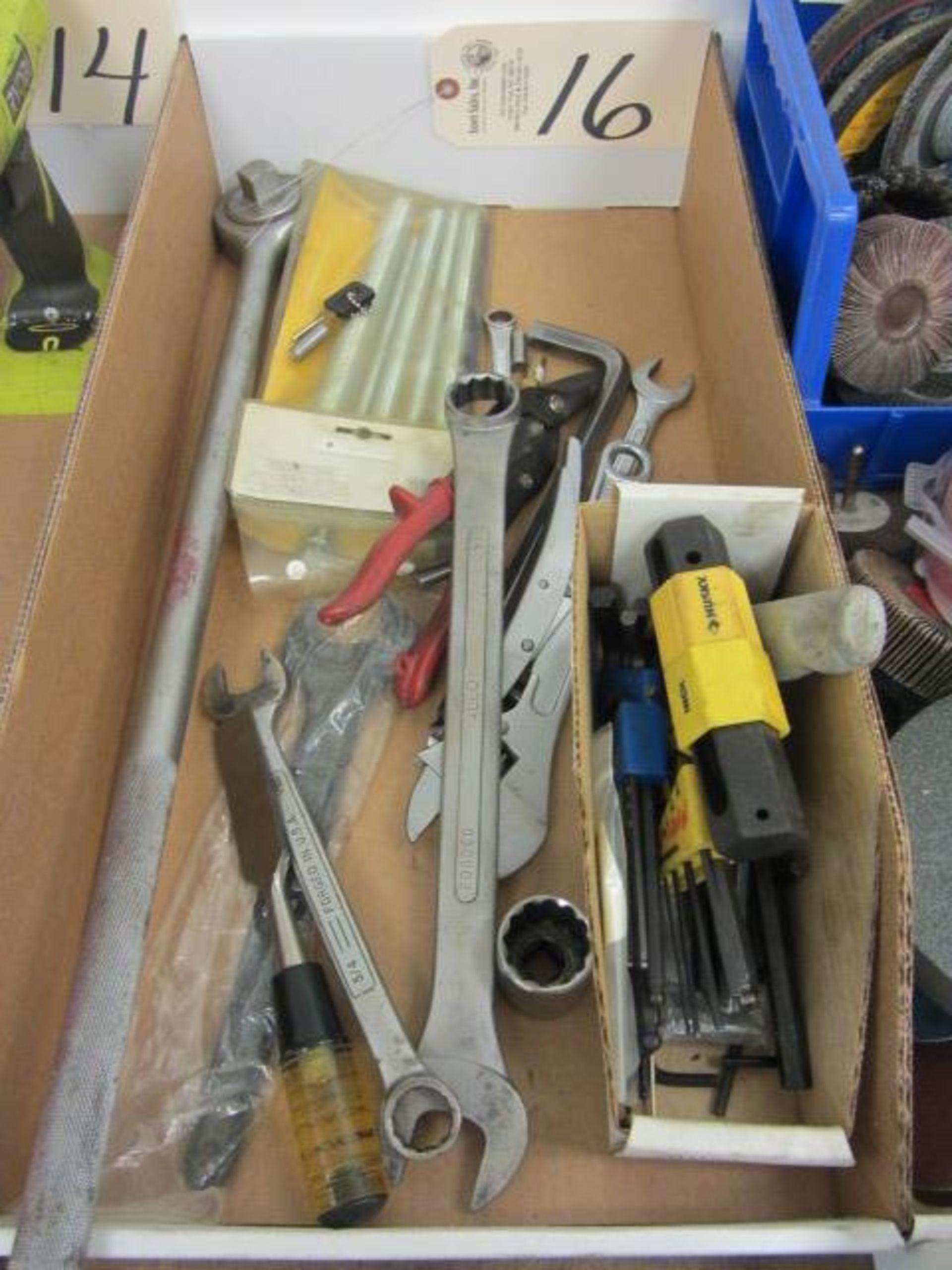 Lot 16 - Shop Tools