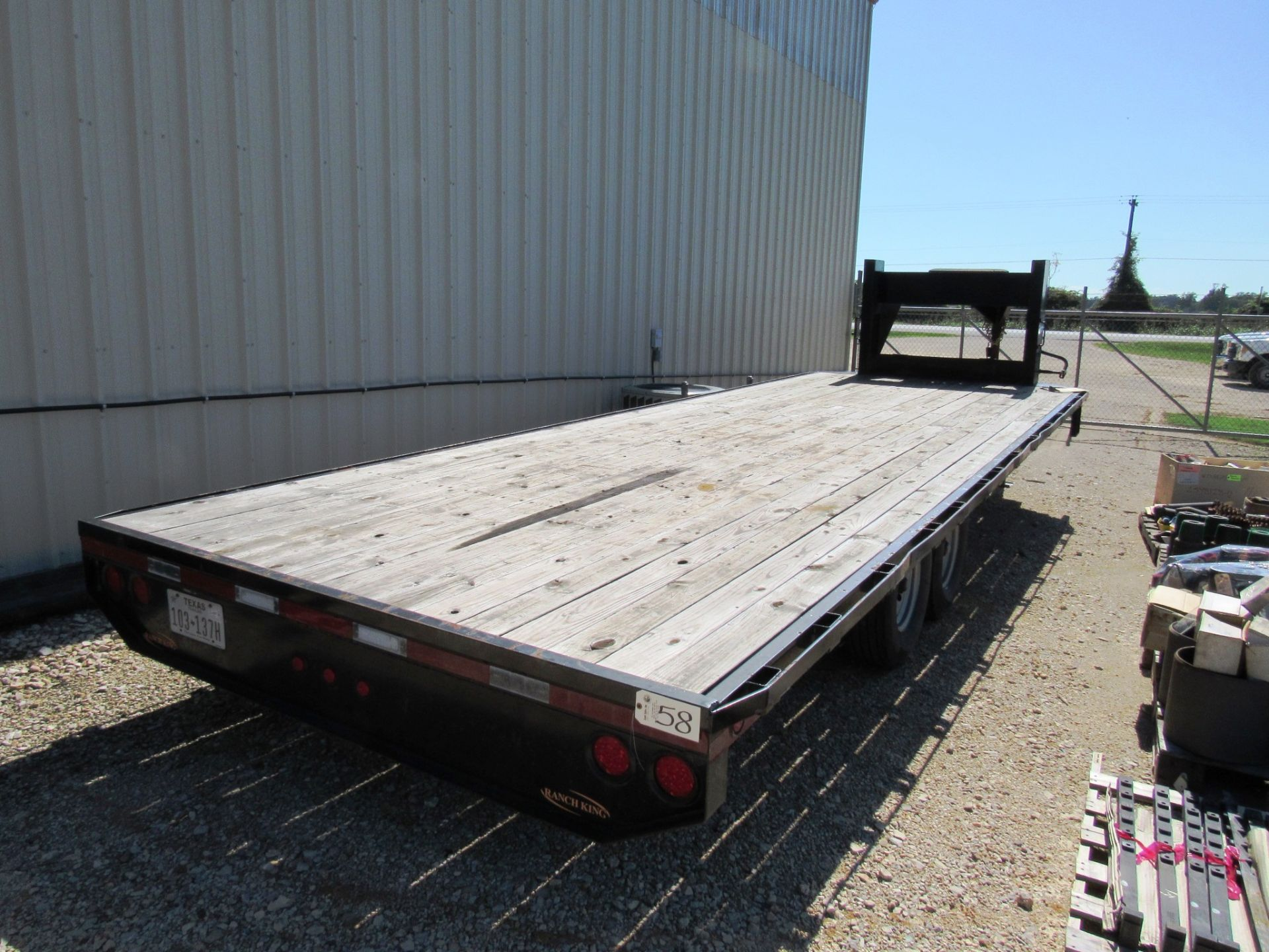 Lot 58 - Ranch King 8' x 20' Gooseneck Trailer