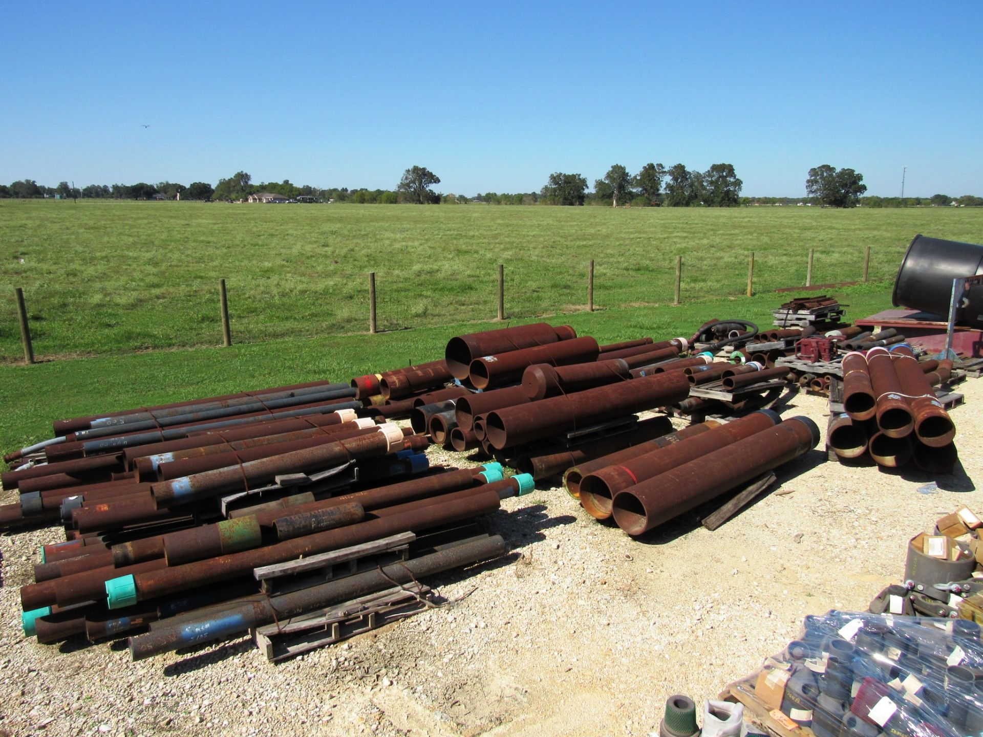 Lot 59 - Useable & Scrap Steel (next to trailer)