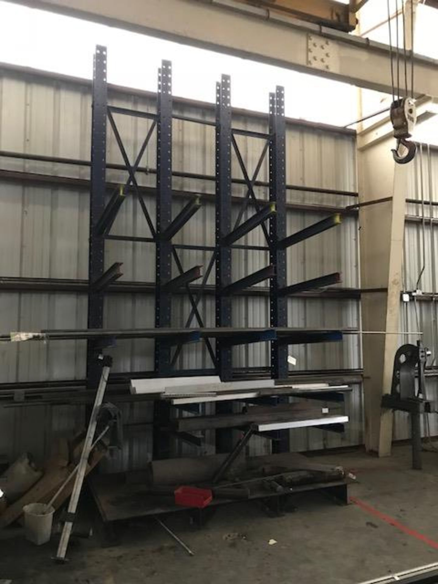 Lot 38A - 1Section Cantilever Rack