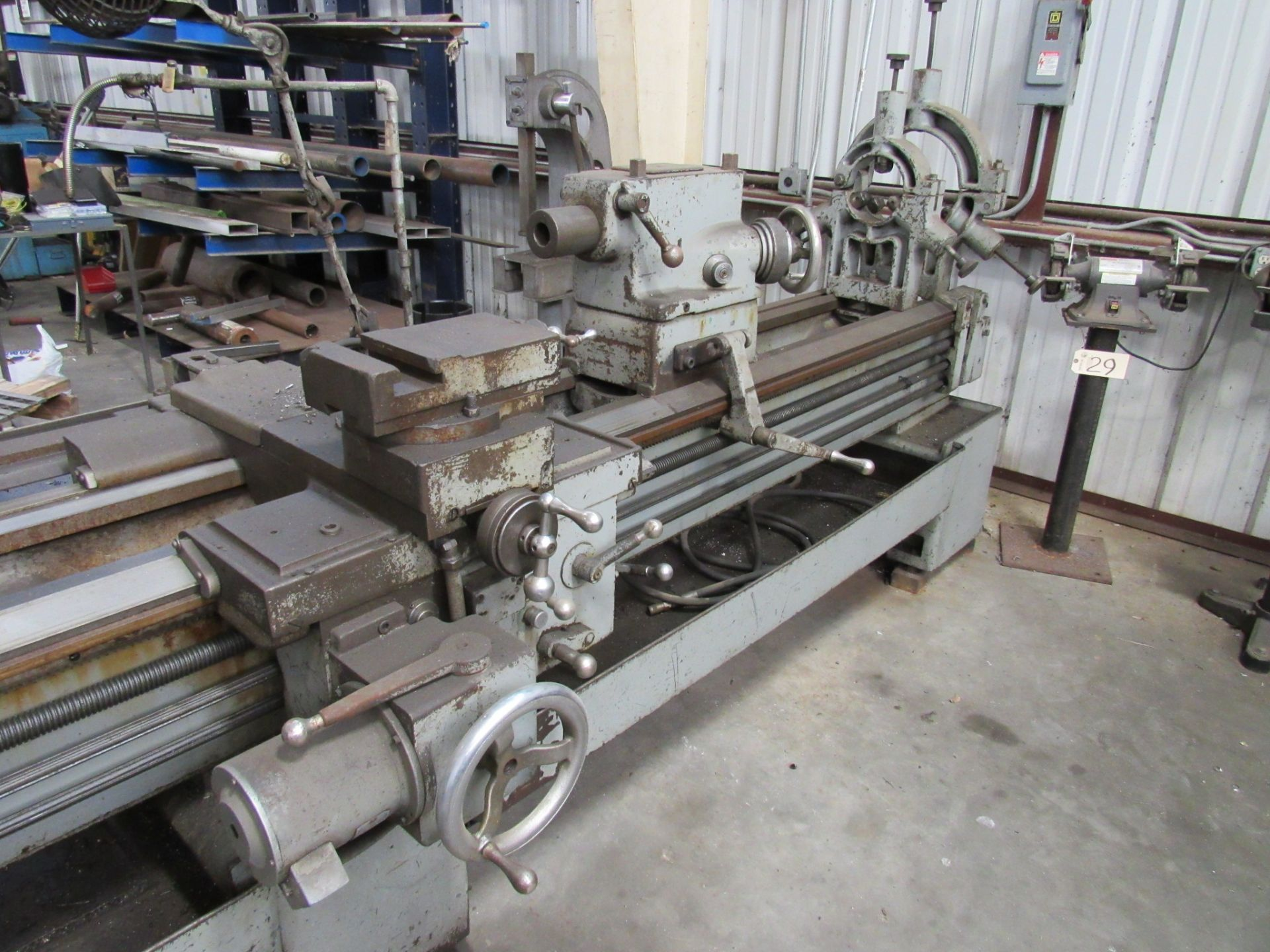 Lot 16 - Leblond 24'' Regal ''Oil Country'' Engine Lathe