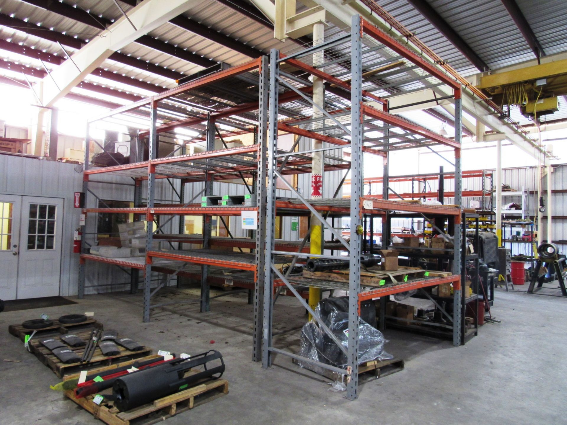 Lot 42 - 5 Sections Pallet Racking (no contents)