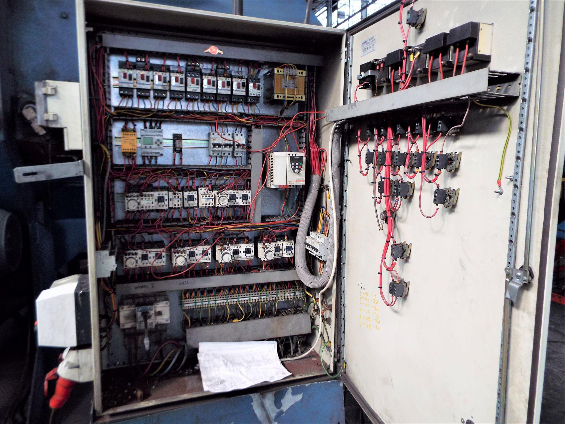 Lot 7 - SES 4 - Close Proximity Conveyorised Blast Cleaning Machine