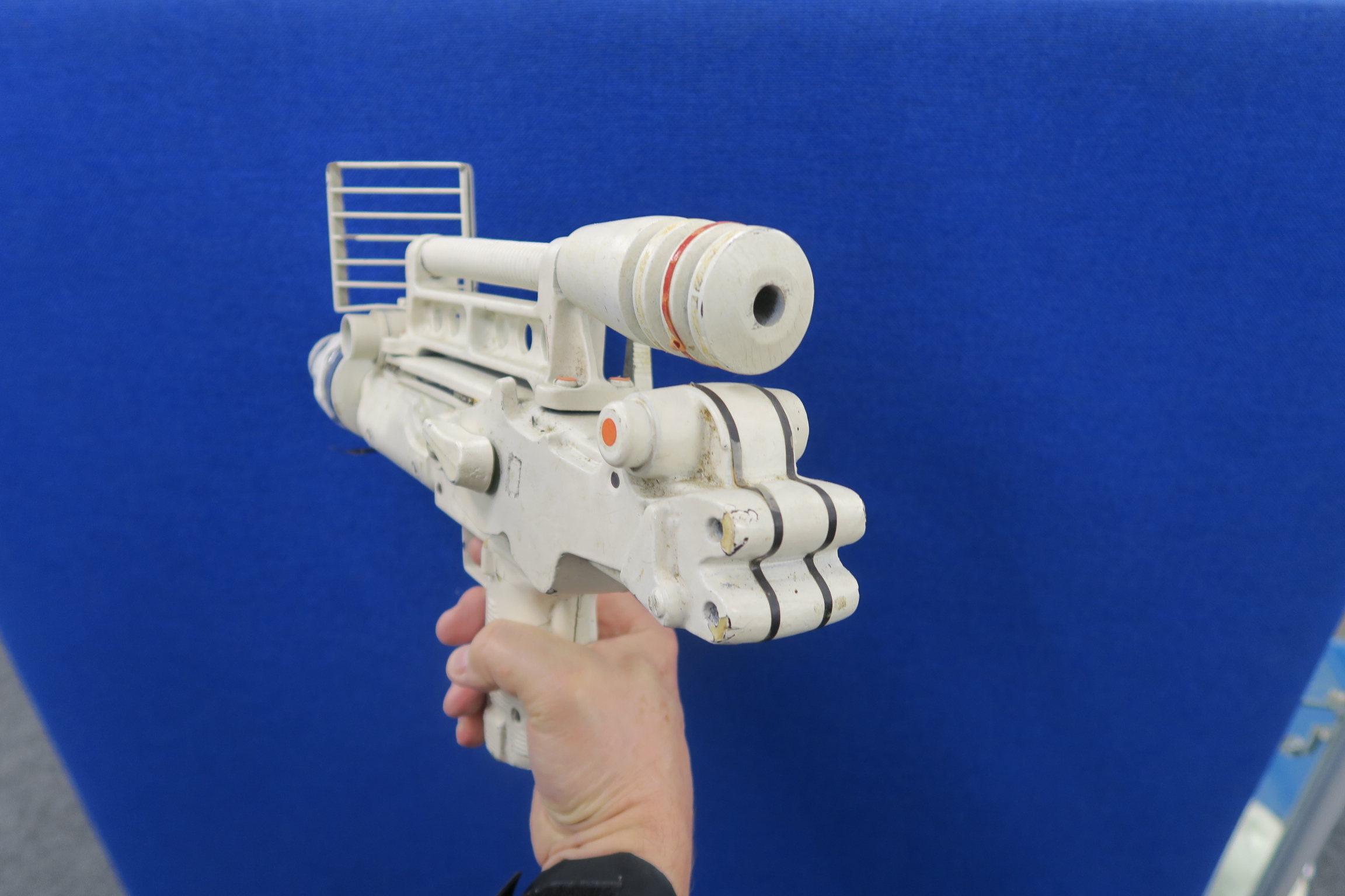 JAMES BOND 007 : Moonraker laser rifle created especially for this futuristic James Bond 1979 film. - Image 7 of 7