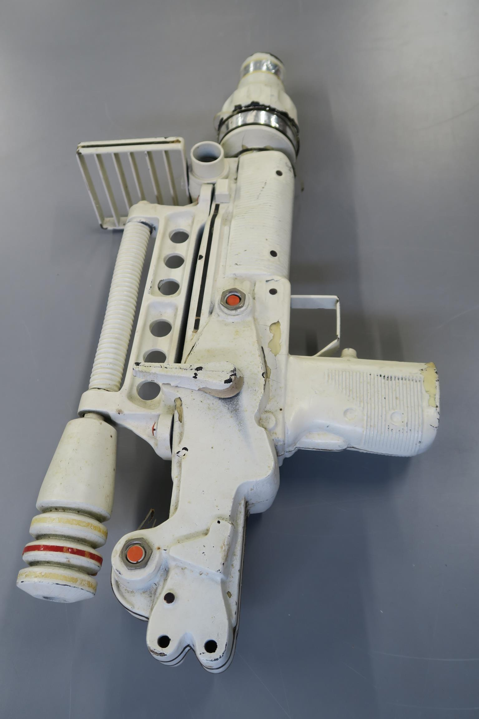 JAMES BOND 007 : Moonraker laser rifle created especially for this futuristic James Bond 1979 film. - Image 3 of 7